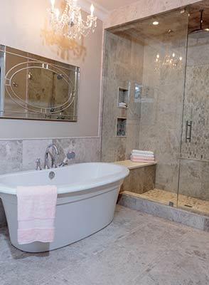 Frameless Glass bathroom shower