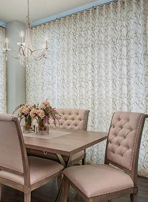 Refresh_Your_Home_with_Custom_Upholstery_Slipcovers_Draperies_DINING_ROOM