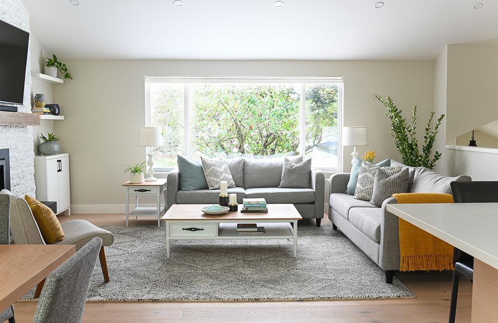 Weepers Living Room Landscape