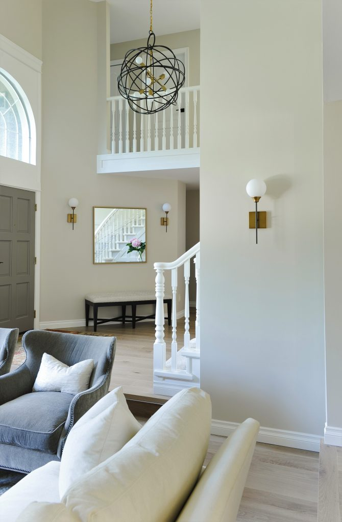 Living Room Entry Colour