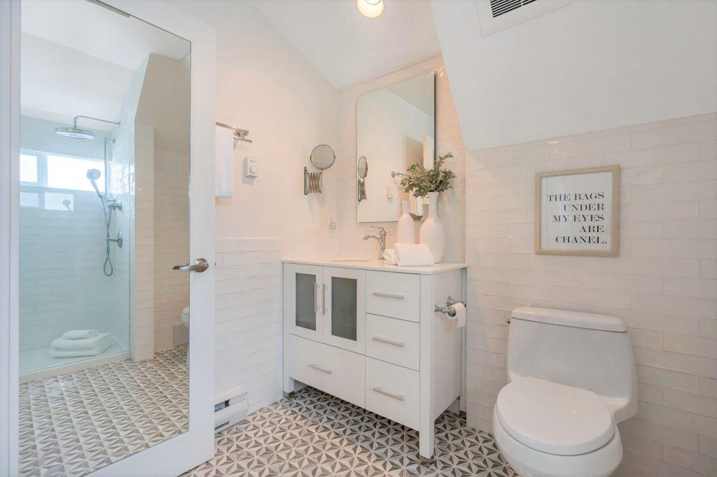 Jellicoe Ensuite Bathroom-min