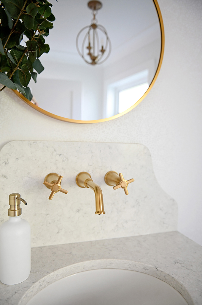 Ruskin Powder Room Faucets Close Up Tracey